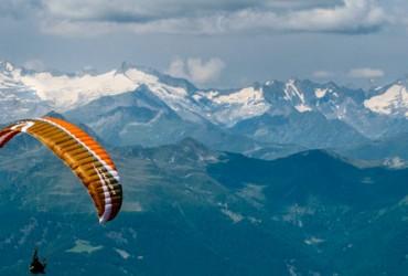 Excursie de Zbor si Ski in Alpi (Romanian)